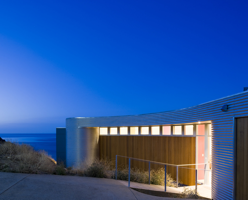 Fleurieu Beach House by Max Pritchard Architect (via Lunchbox Architect)