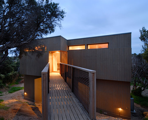 Fortress House by ITN Architects (via Lunchbox Architect)