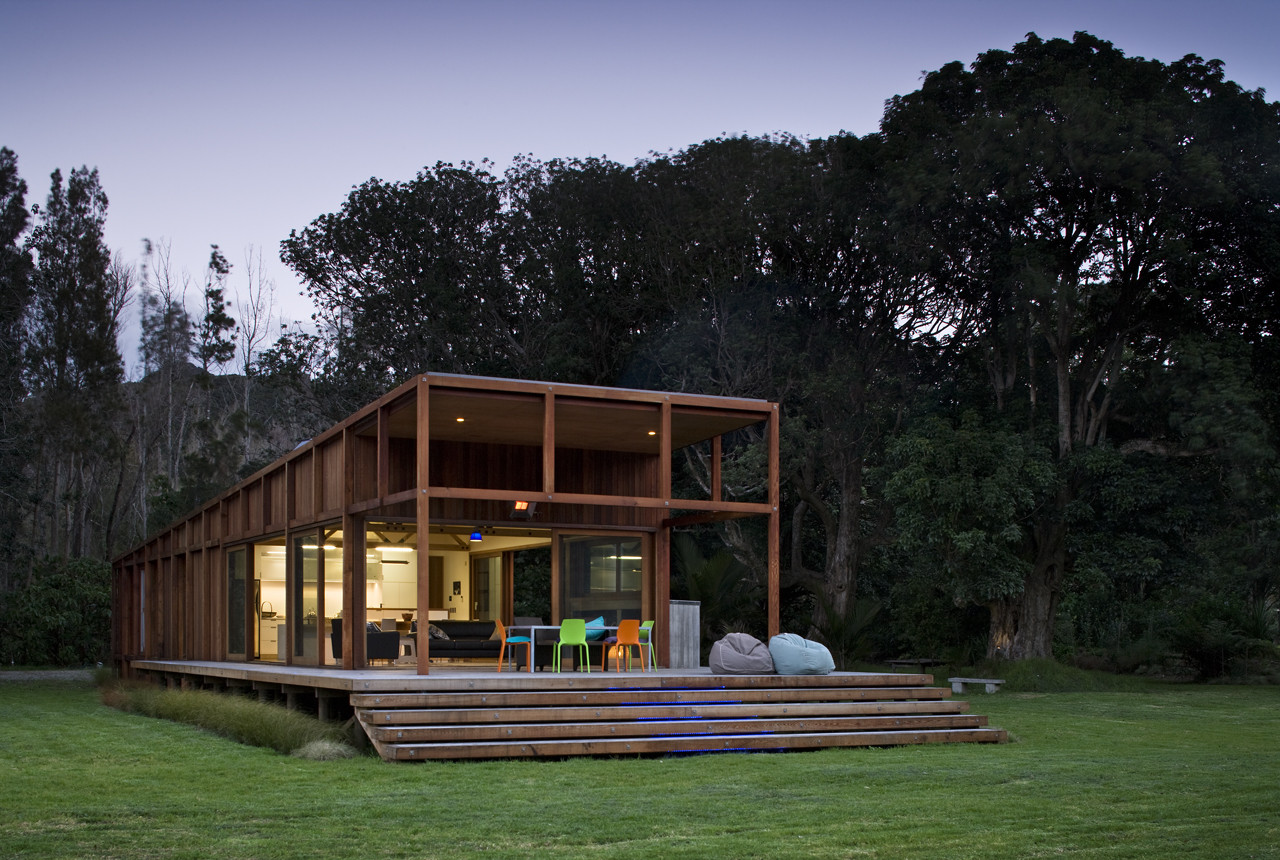 Great Barrier House by Studio2 Architects (via Lunchbox Architect)