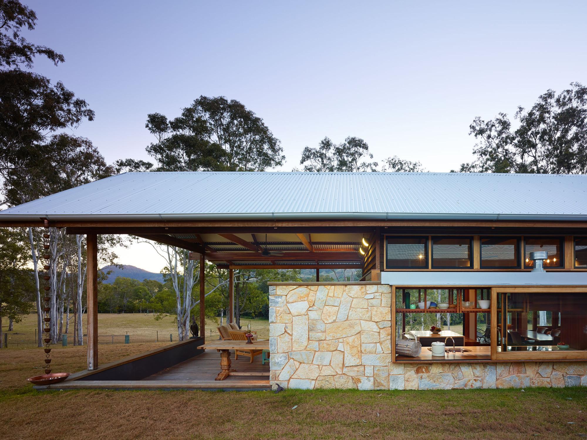 Hinterland House Captures The Spirit of Rural Australian Style