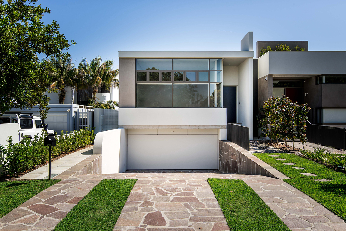 A courtyard brings in light breezes and ensures a garden outlook