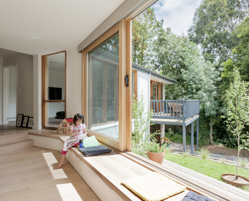 Inbetween House by Inbetween Architecture (via Lunchbox Architect)