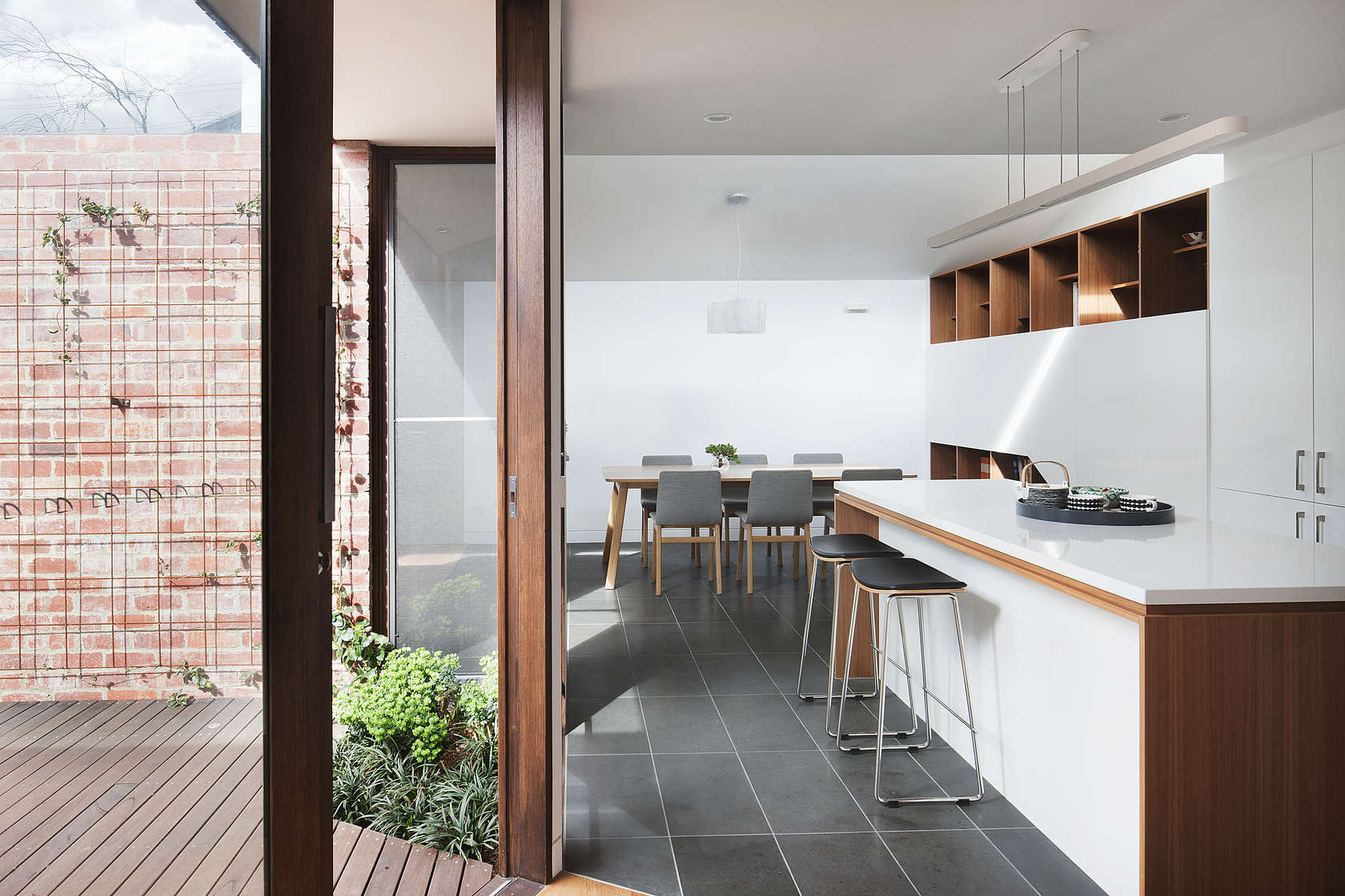 Inner City Downsize House Proves When it Comes to Space Less is More