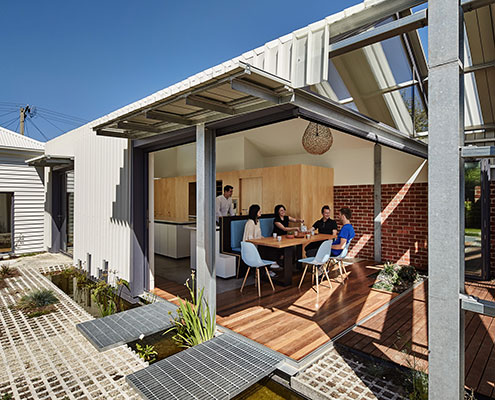 Inside Out House (Cut Paw Paw House) by Andrew Maynard Architects (via Lunchbox Architect)