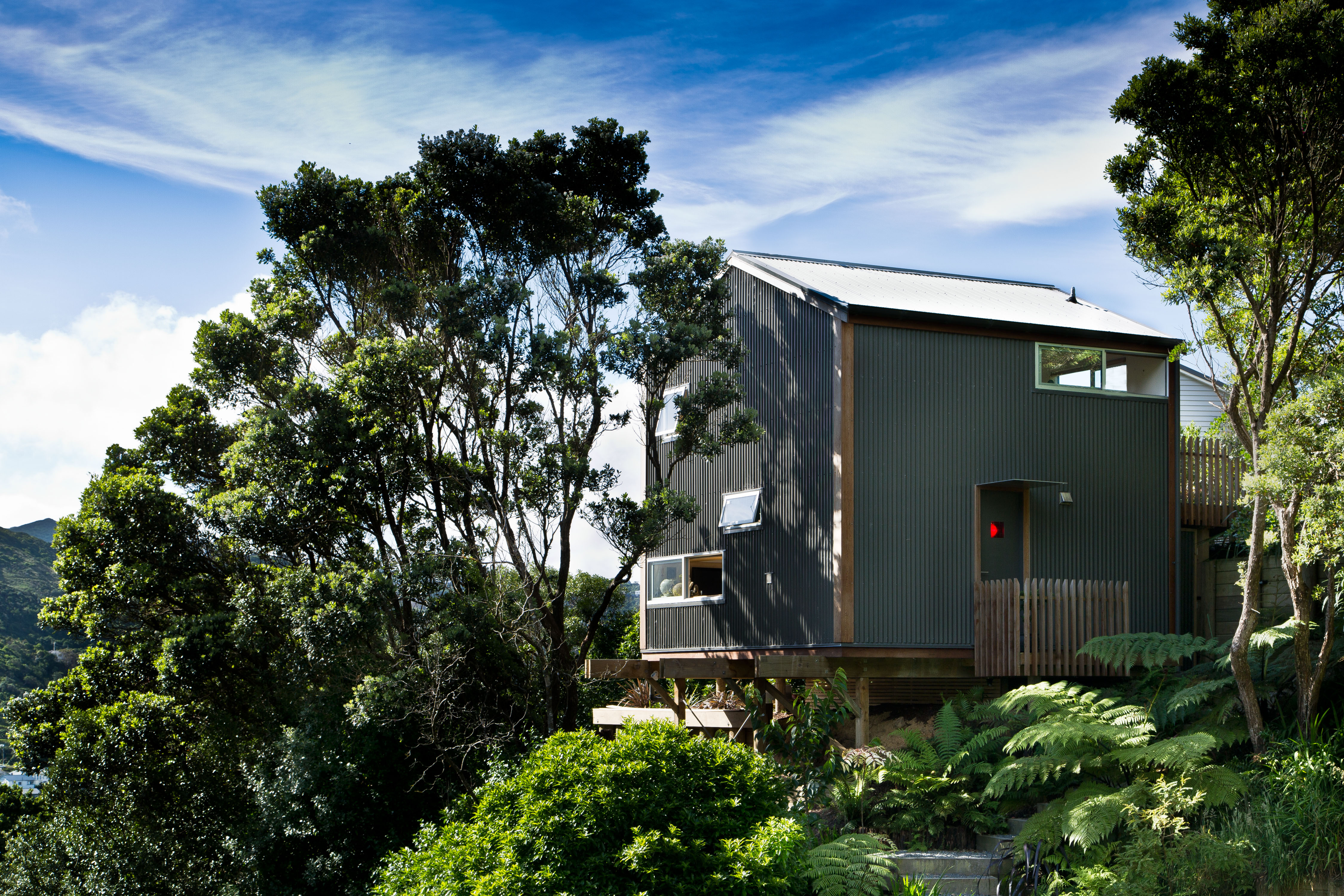 Compact japanese inspired house lives large thanks to a - Bay architecture ...