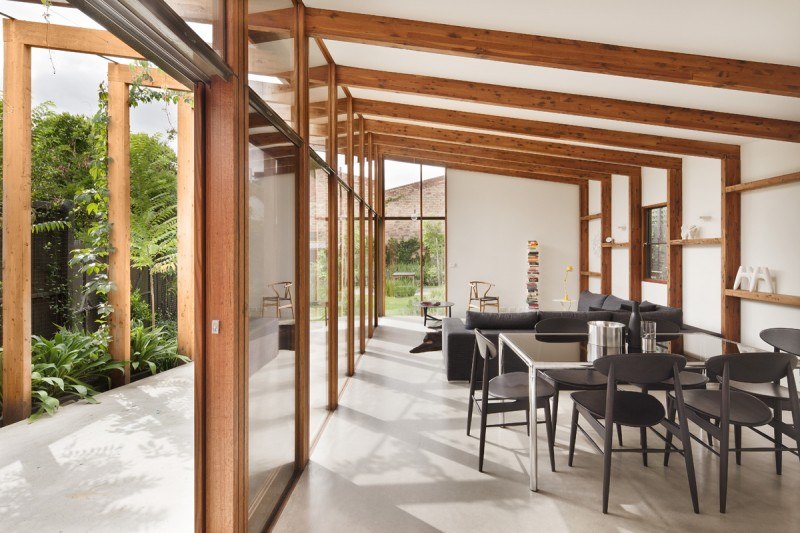 Jack 39 s house a house bursting at the seams gets a new for Solar passive house designs australia