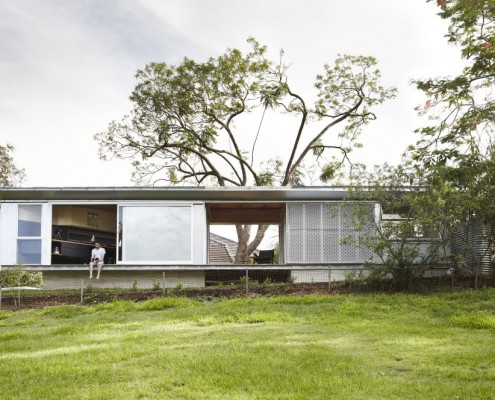 Keperra House by A-CH (Atelier Chen Hung) (via Lunchbox Architect)