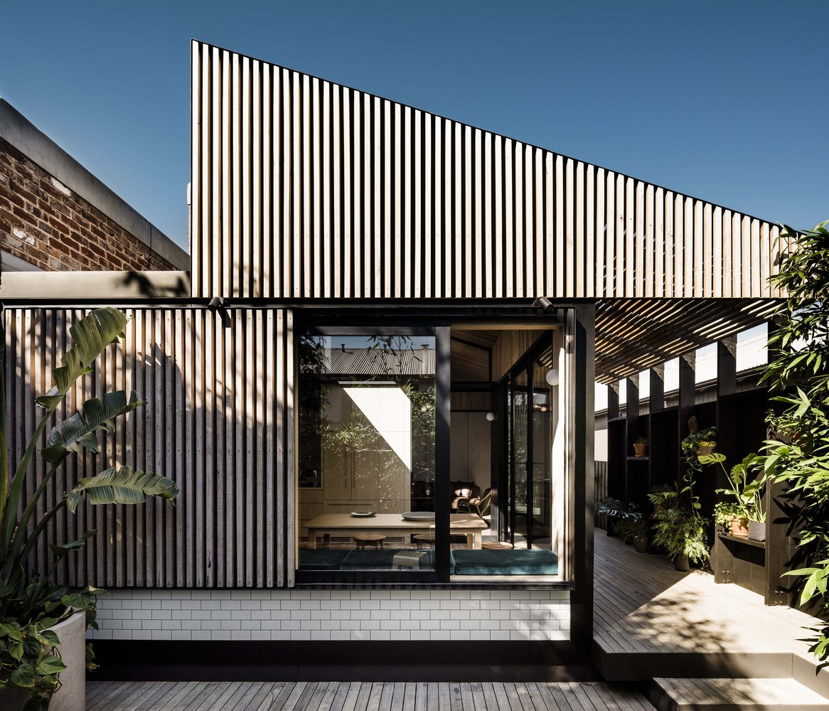 Corridor Roof Design: Dark And Dingy To Big And Bright: 7 Terrific Terrace