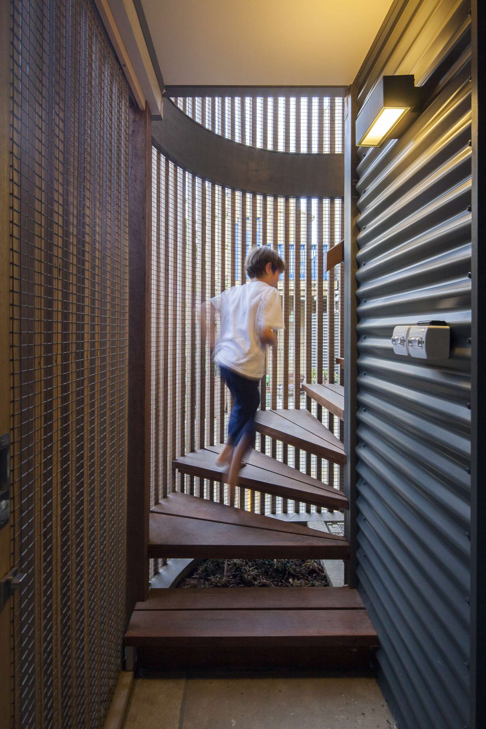 Dilapidated Garage Reimagined As A Creative Little Studio