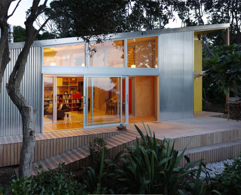 Lloyd Holiday House by AtelierWorkshop (via Lunchbox Architect)