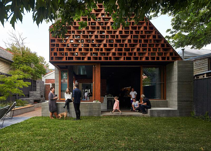 Local house is designed to enhance connection with friends for Local architects