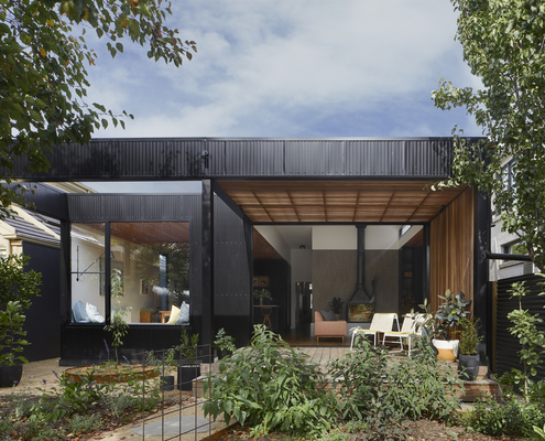 Lucky House by Kuzman Architecture (via Lunchbox Architect)