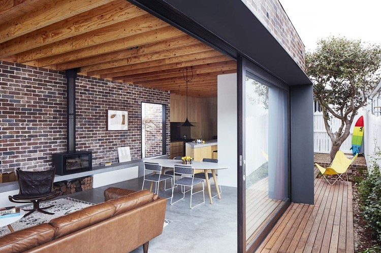 Post War Sydney Home Updated For A Young Modern Family
