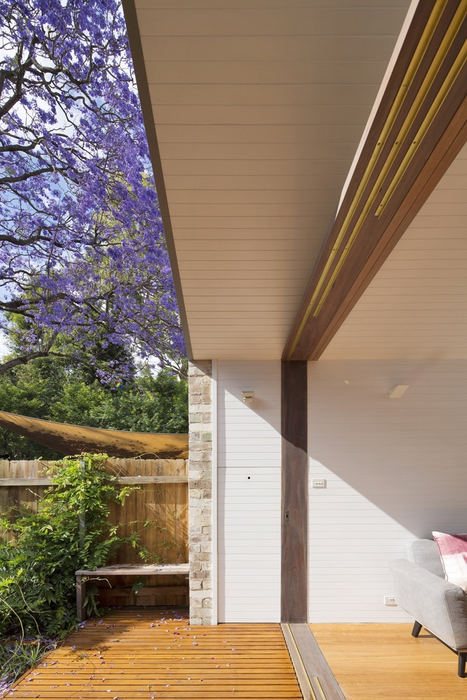 Back Of House Renovation Makes This Courtyard House An All Seasons Home