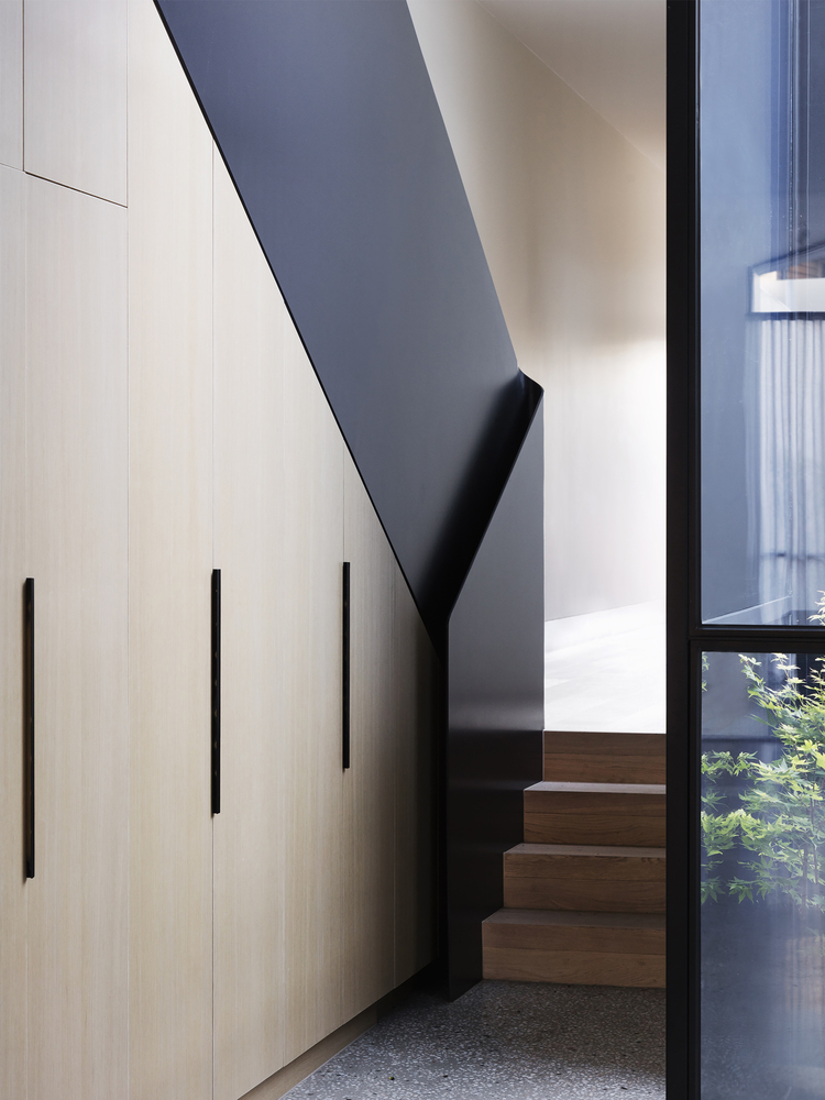 Narrow Terrace Hides Several Space Defying Surprises