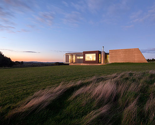 Prebuilt Prefab House Inverloch by Prebuilt (via Lunchbox Architect)