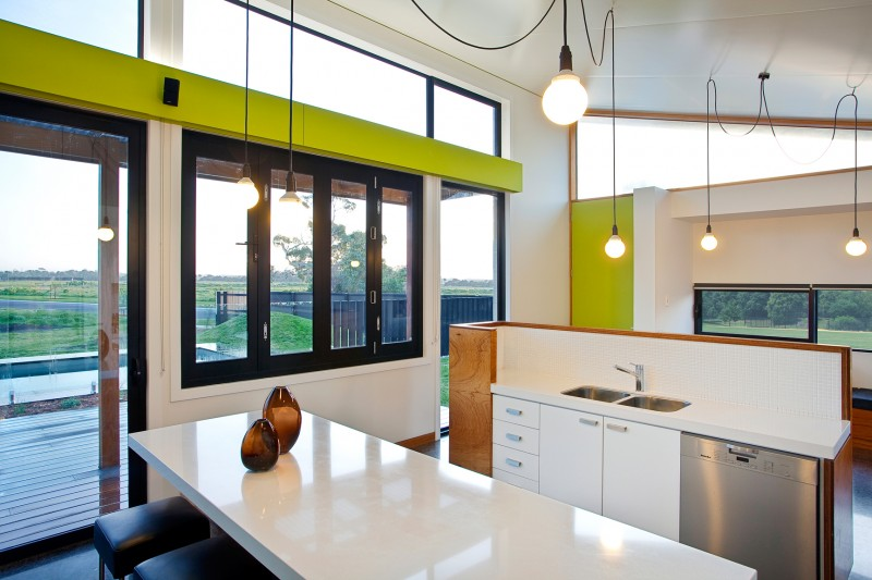 Prefab Pive Solar Home