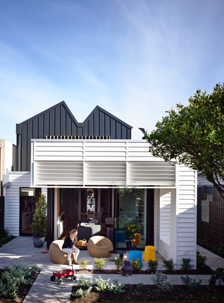 Modern Two Storey House Design With Terrace: Modern Two-Storey Extension At This Sandringham House