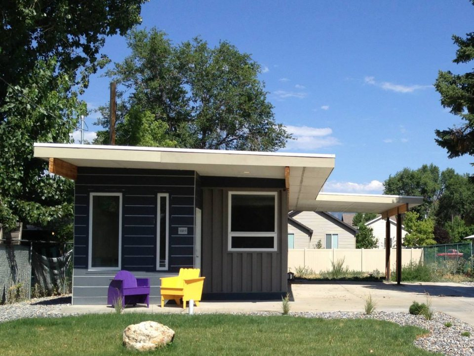 sarah house shipping container home by jeffrey white via lunchbox architect - Eco Friendly Shipping Container Homes