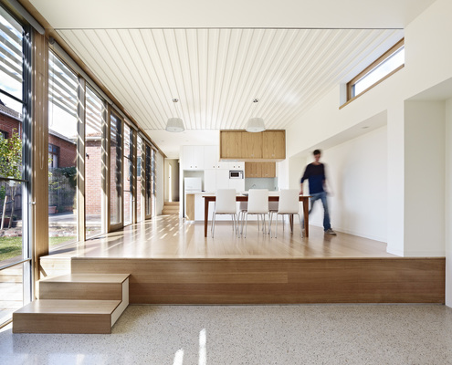 Side Yard House by Andrew Child Architecture (via Lunchbox Architect)