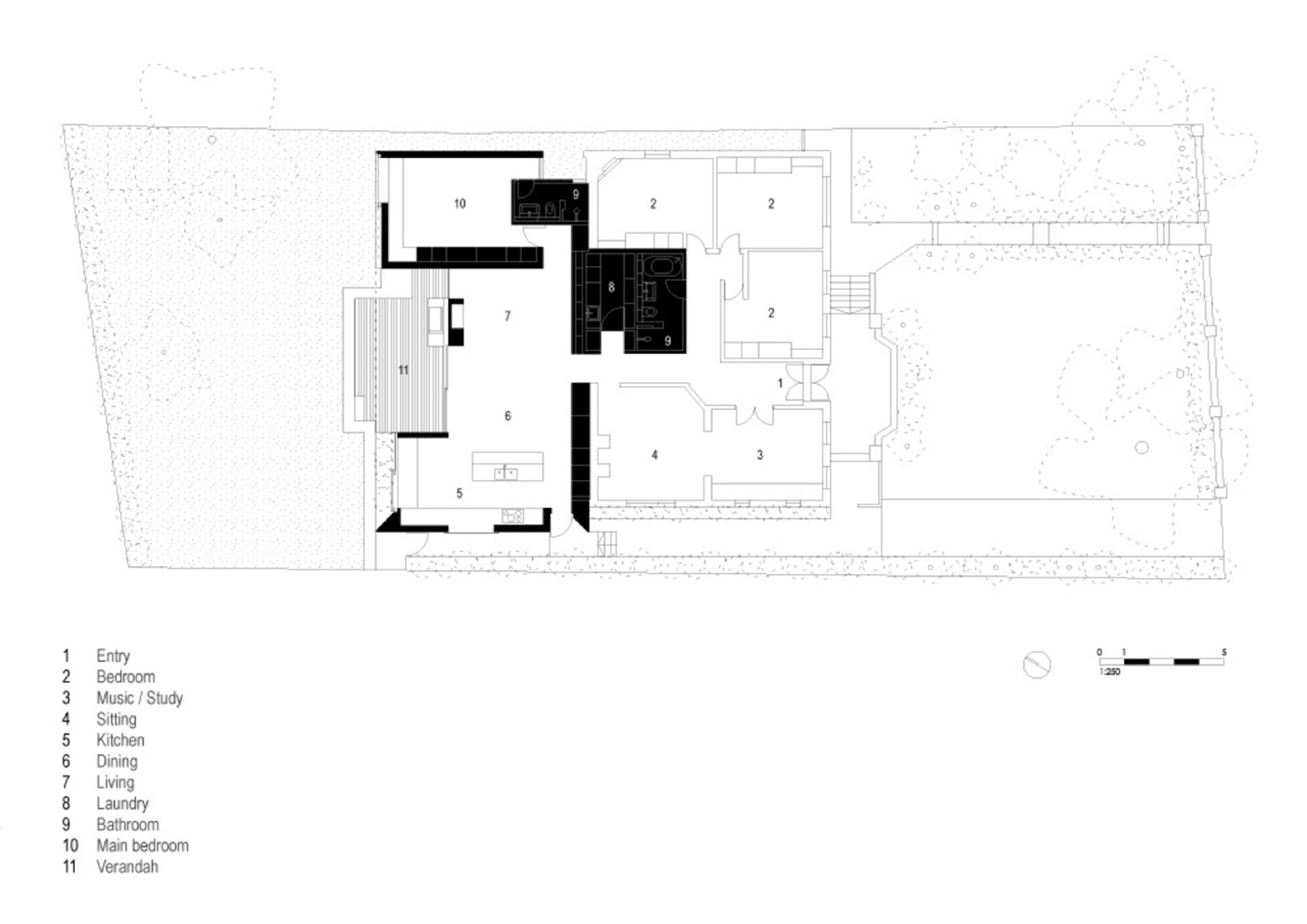 Skylight house natural light and seamless connection to the garden - Skylight house plans natural light ...