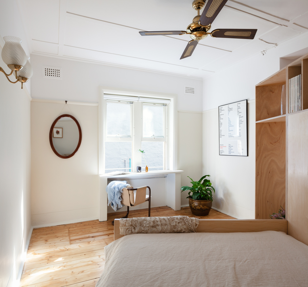 Studio Apartment Bay Area: A Bold, Curvaceous Joinery Unit Completely Transforms This