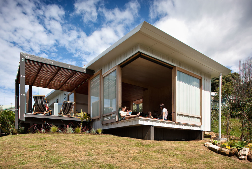 Beach house designed and built by a group of architecture for Coastal home designs nz