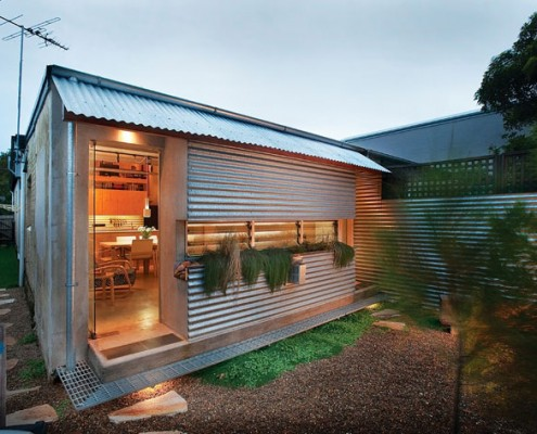 Tamarama Semi Detached by David Langston-Jones Architect (via Lunchbox Architect)
