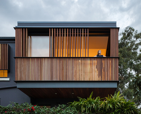 The Balcony by Bastian Architecture (via Lunchbox Architect)