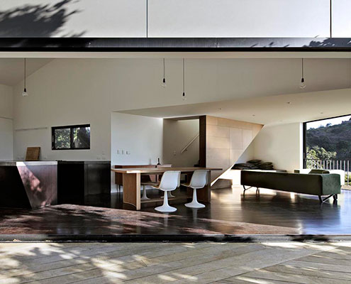 The Pohutukawa House Matthew Gribben Architecture by Matthew Gribben Architecture (via Lunchbox Architect)