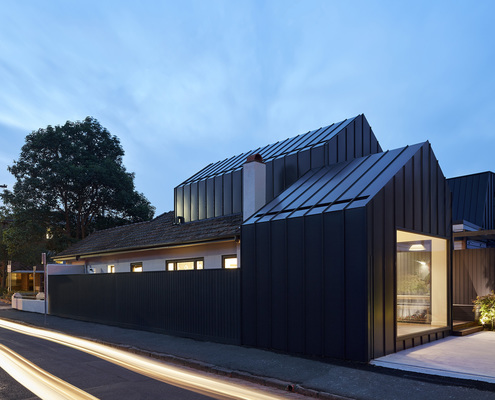 The Shadow House by Nic Owen Architects (via Lunchbox Architect)