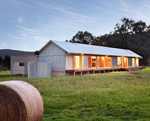 Modern Wool Shed Pays Homage To Iconic Australian