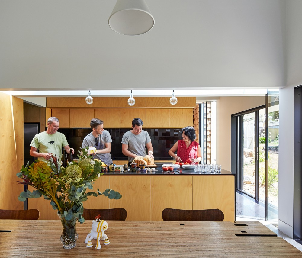 Hill House By Andrew Maynard Architects: Tower House's Collection Of Small Pavilions Creates A