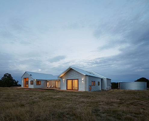 700 Haus by Glow Building Design (via Lunchbox Architect)