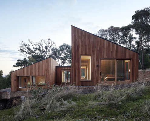 Two Halves House by Moloney Architects (via Lunchbox Architect)