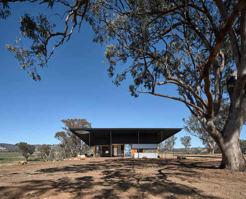 Upside Down Akubra House by Alexander Symes Architect (via Lunchbox Architect)