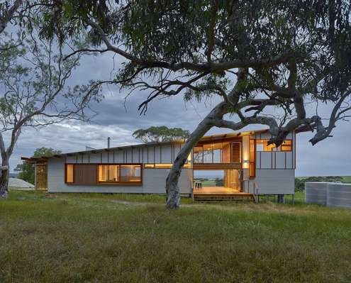 Waitpinga Retreat by Mountford Williamson Architecture (via Lunchbox Architect)