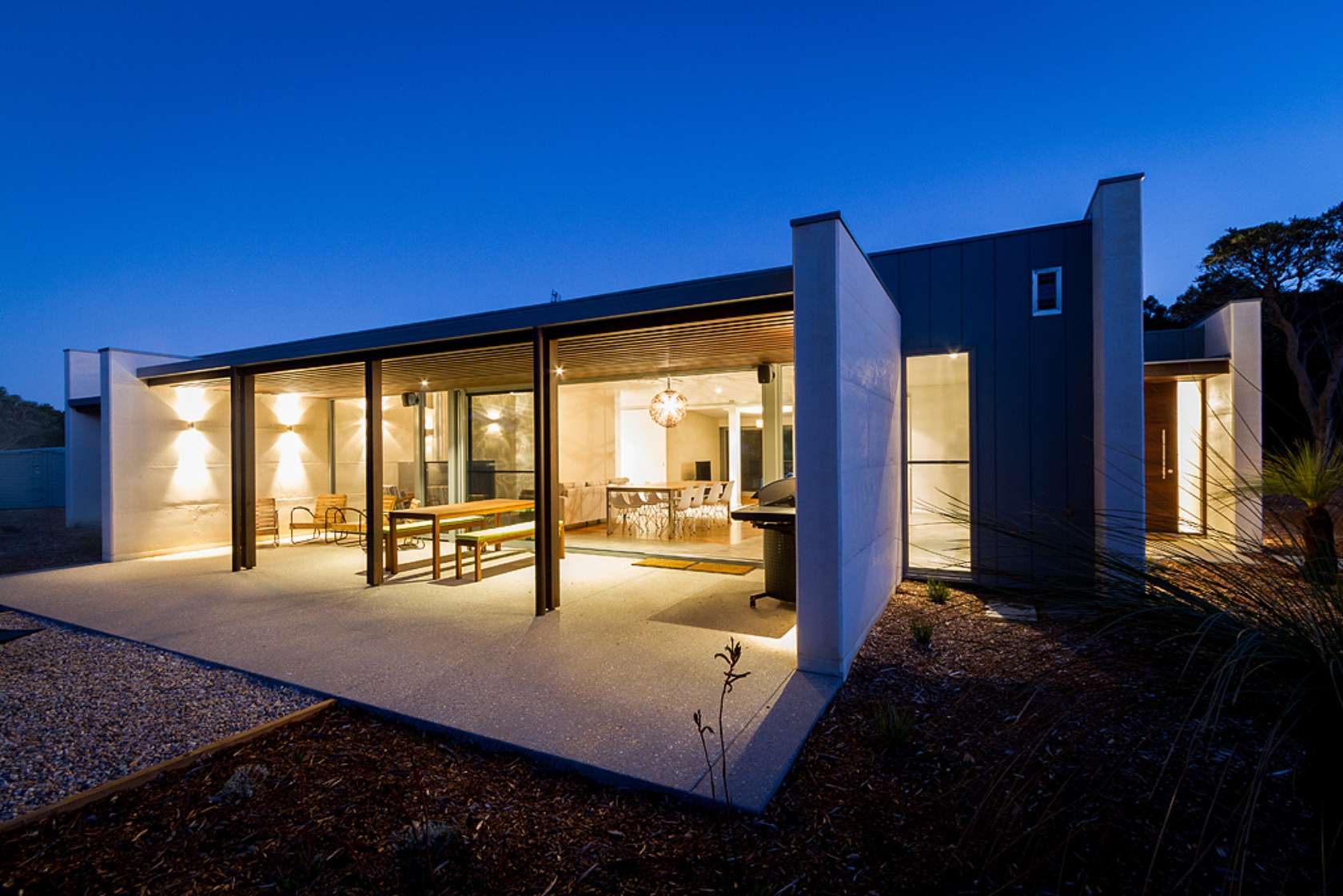 wall and wall house uses rammed limestone for style and