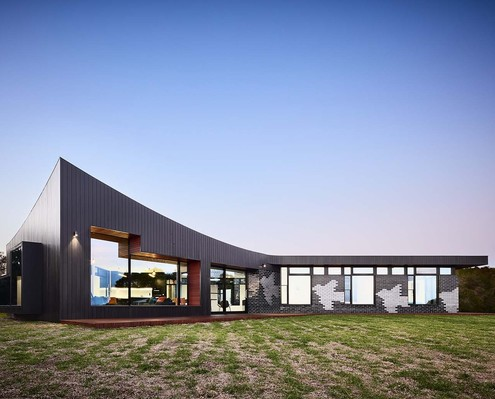 Waratah Bay House by Hayne Wadley Architecture (via Lunchbox Architect)