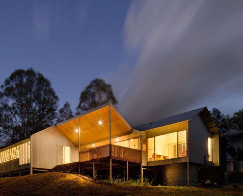 Whyatt House by Robinson Architects (via Lunchbox Architect)