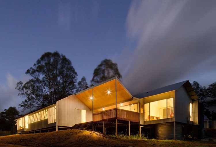 Whyatt House: Australian Bush Style Home Built From Prefabricated Shed